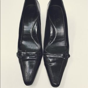 Cole Haan Black Leather Point Toe Pumps 1436